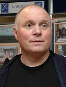 Kai Even Bjørdal er til dagleg bussjåfør, og forsamlingsleiar på Emblem bedehus. Han er andaktshaldar i Ord til Ettertanke i veke 42.